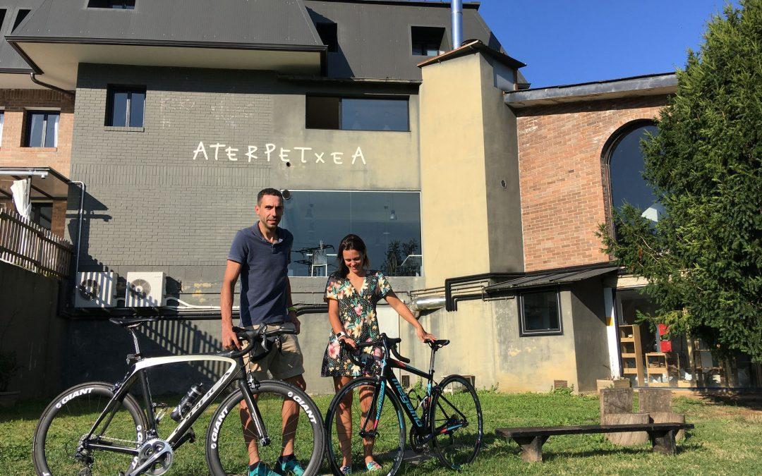 De Girona a Abaraxka, a golpe de pedal